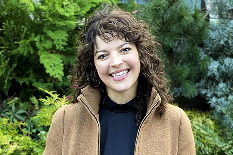 Bernadette Pérez.